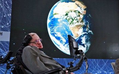 Stephen Hawking morre aos 76 anos
